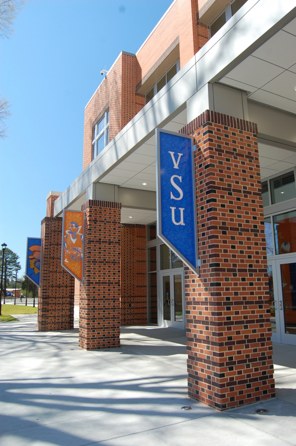 VSU Exterior Banners
