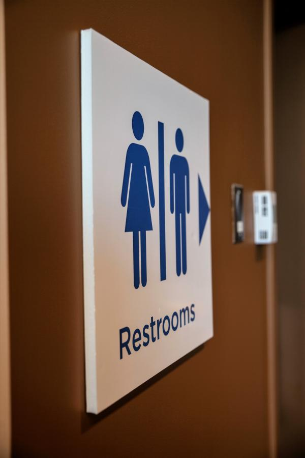 Libbie-Mill-Restroom-Signage-in-Richmond-VA