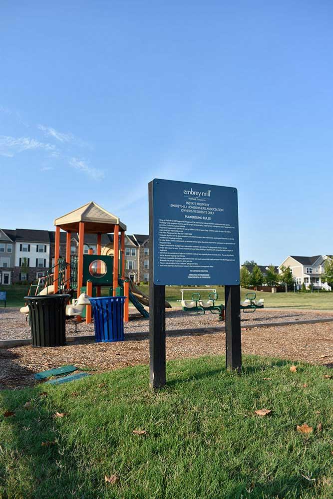Embrey-Mills-playground-signage
