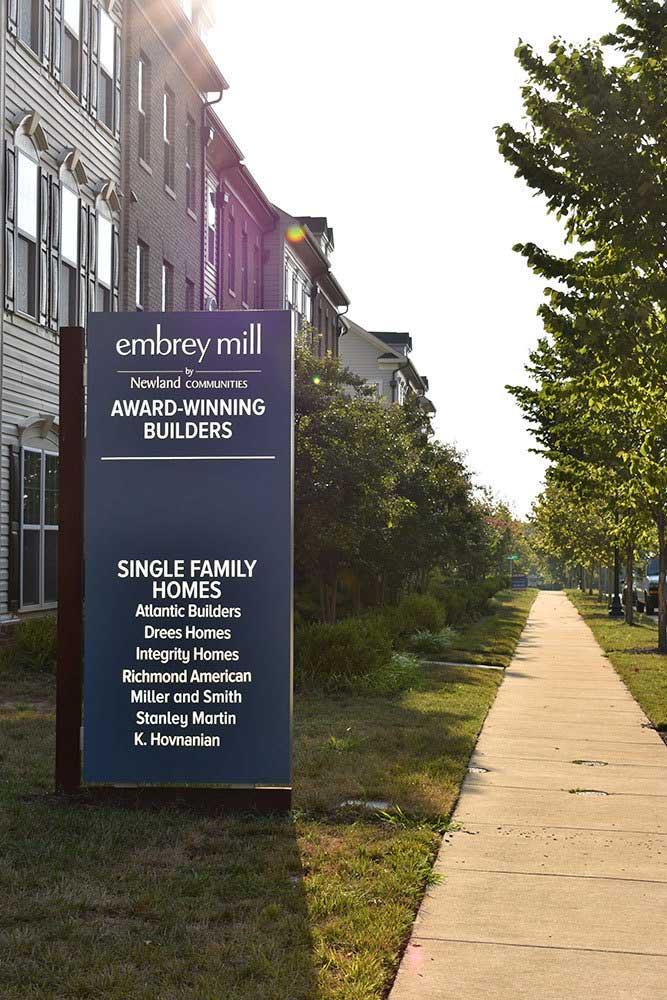 Embrey-Mills-community-signage