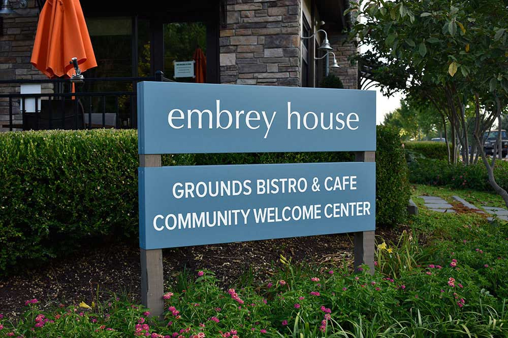 Embrey-Mills-welcome-center